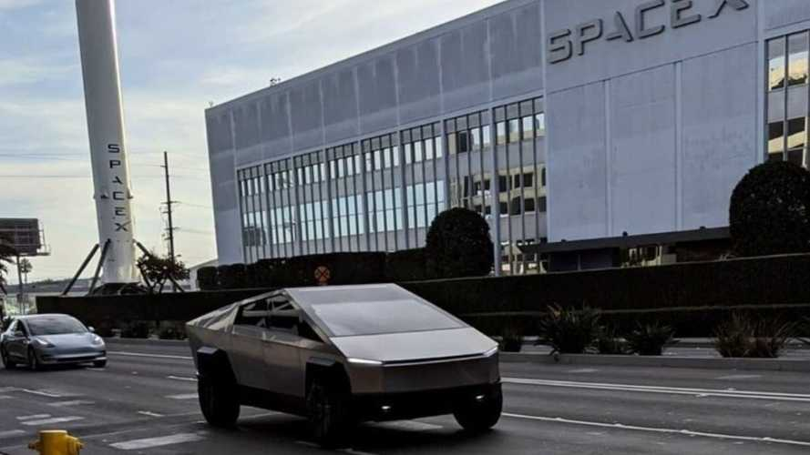 Tesla Cybertruck - Nouvelle apparition avec Elon Musk et Jay Leno