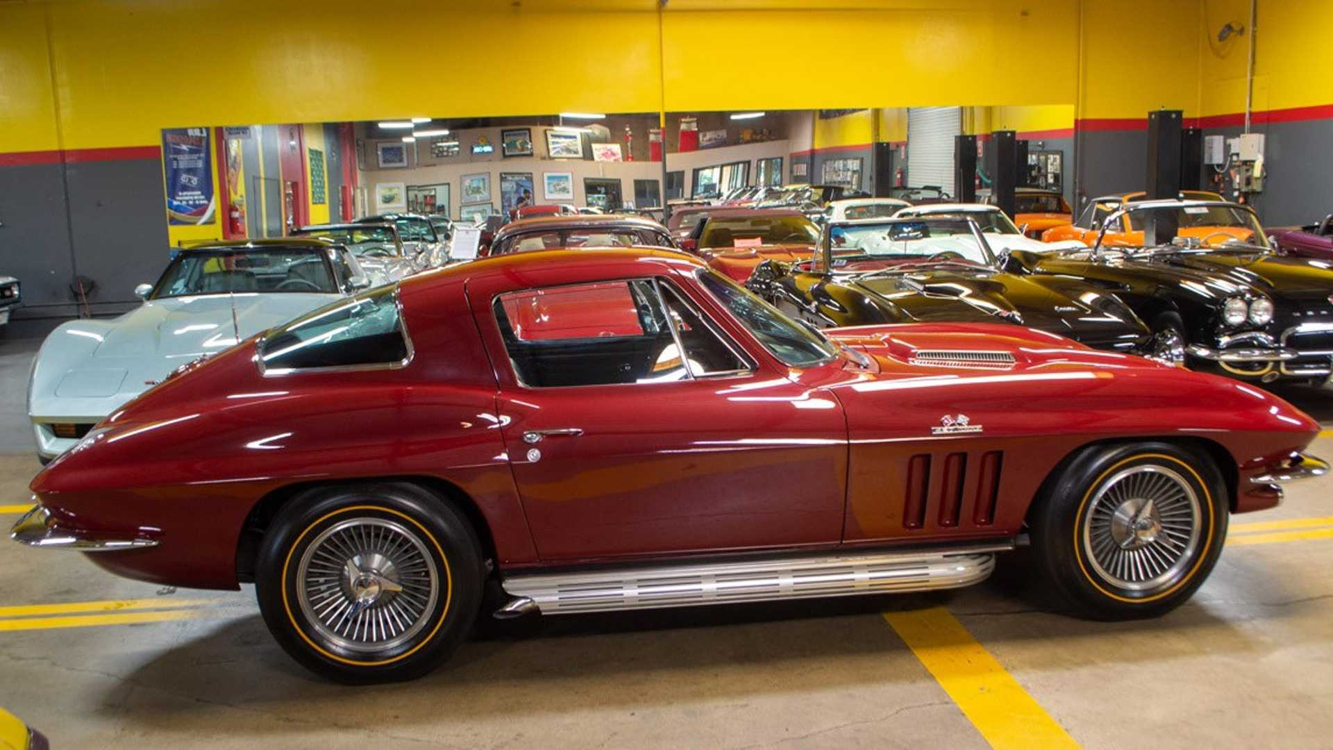 """[""""Where Does The Corvette Plant Manager Go To Buy A Vintage 'Vette?""""]"""