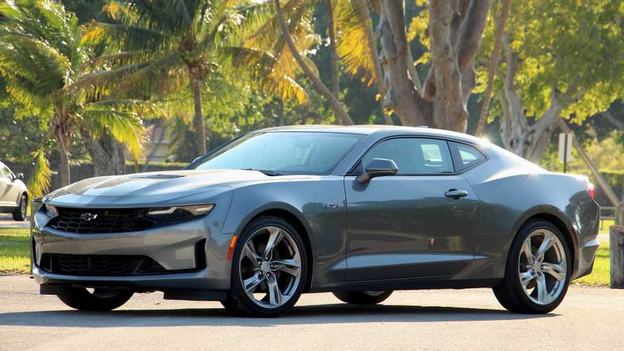 2020 Chevrolet Camaro LT1: Pros And Cons