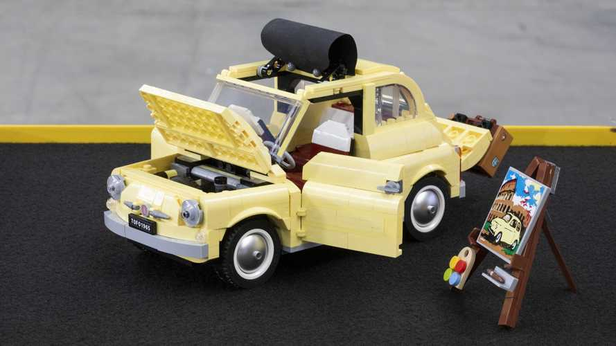La Fiat 500 anni '60 diventa un set di Lego