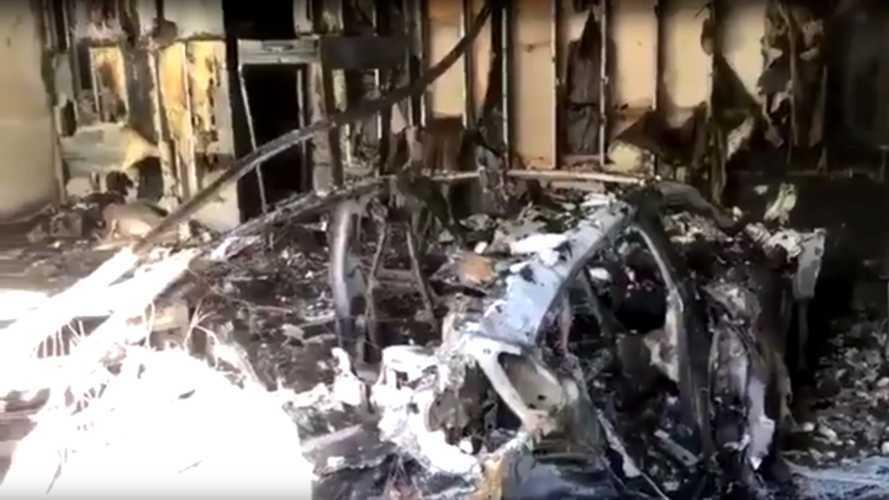 Videó: Porig égett egy Porsche Taycan, egyelőre rejtély, hogy mitől