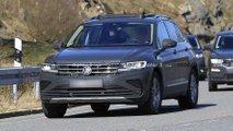 VW Tiguan Facelift (2020) beinahe ungetarnt erwischt