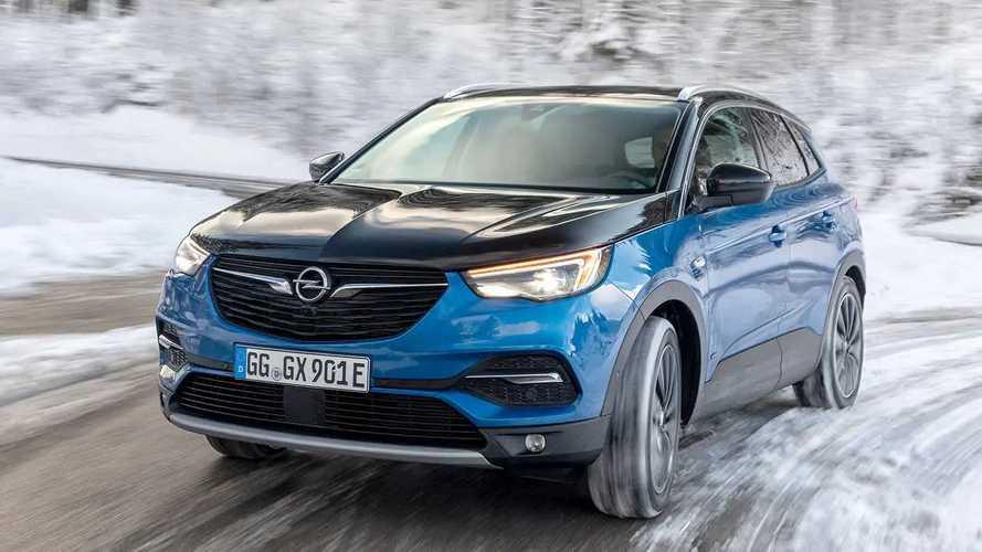 Opel Grandland X Hybrid4 (2020) im Test