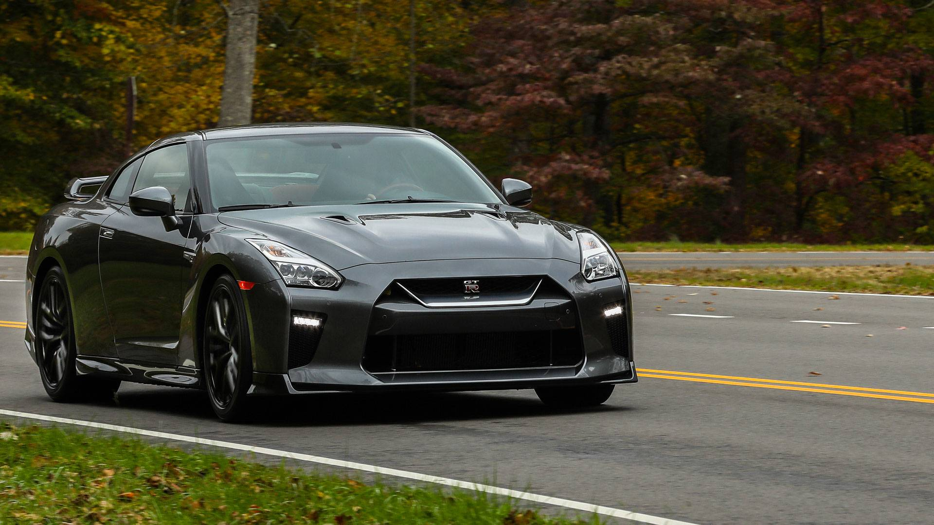 2018 Nissan Gt R Gets More Affordable Pure Entry Version
