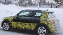 2015 MINI John Cooper Works spy photo