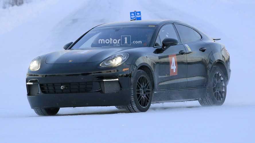 Photos espion - La Porsche Mission E déjà en préparation ?