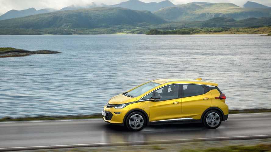 PSA Grubu ile birleşme, Opel'in yalnızca EV üretme planını ortadan kaldırabilir