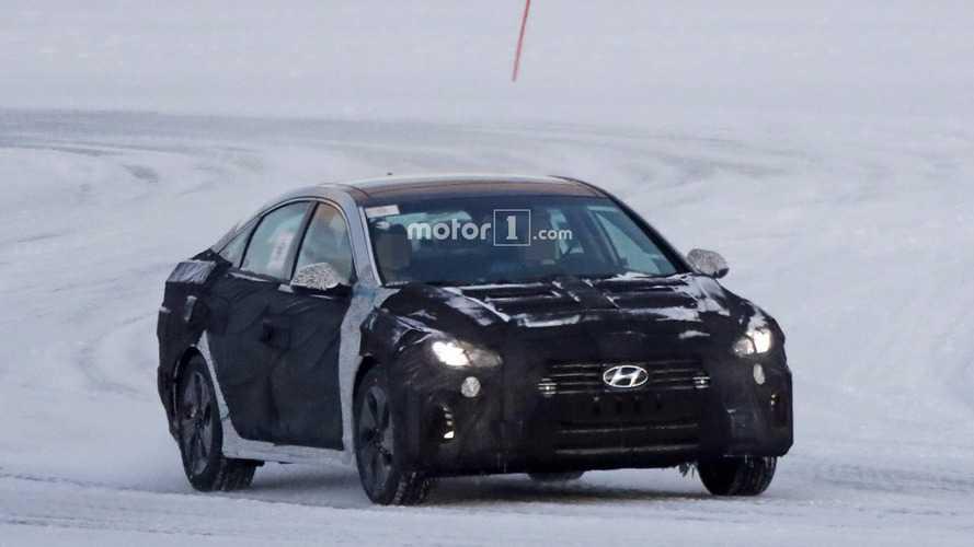 Flagra! - Hyundai Sonata deve estrear facelift ainda neste ano