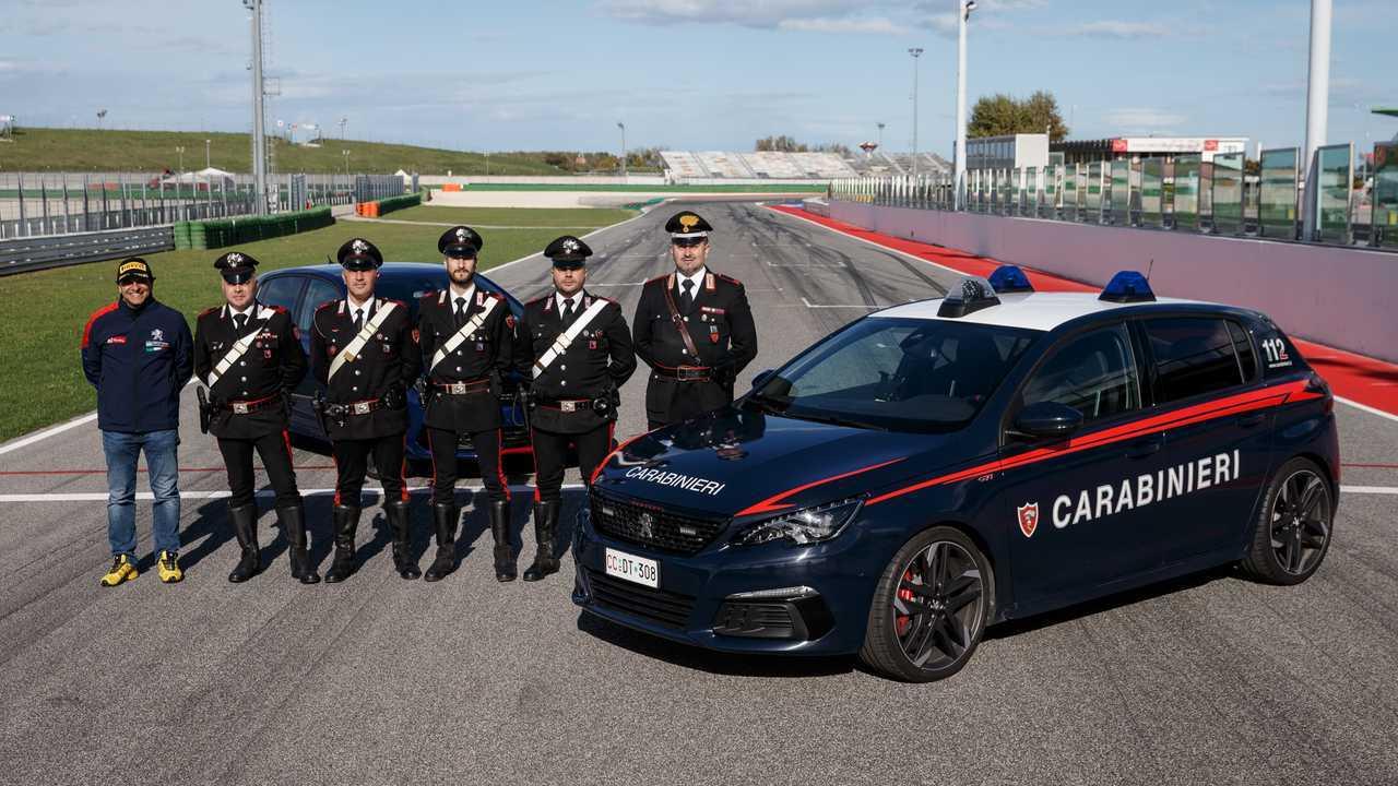 La Peugeot 308 GTi & les Carabinieri