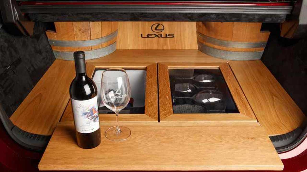 Lexus ES Custom SEMA