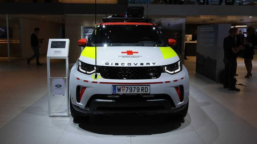 Land Rover Discovery de la Cruz Roja austriaca, desde París 2018