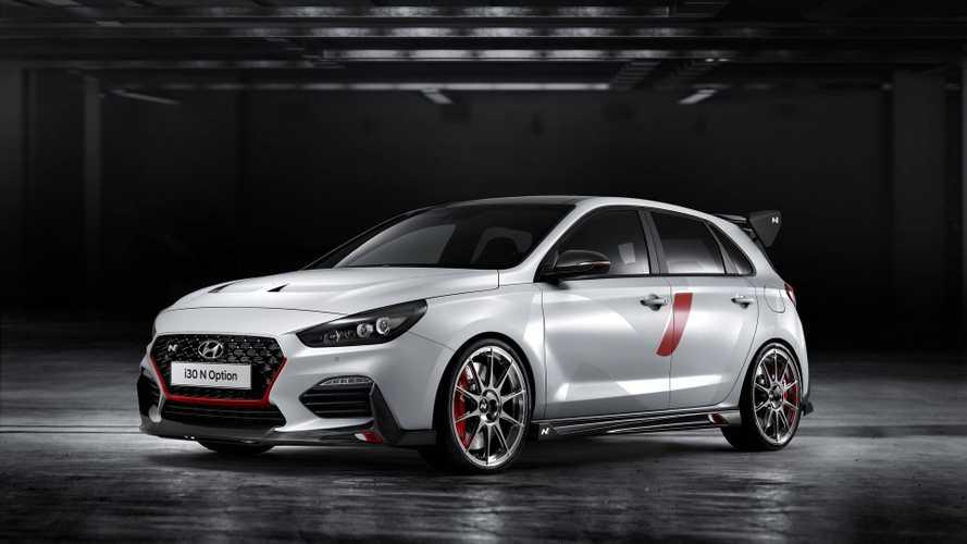 """Le showcar Hyundai i30 N """"N Option"""" montre les muscles au Mondial"""