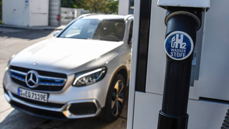 Mercedes-Benz GLC F-CELL hem hidrojen hem de elektrikle çalışıyor