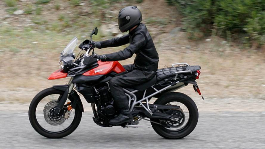 Comparing the Triumph Tiger 800 and XC