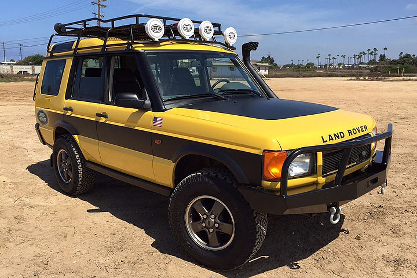 Kalahari Edition: An '02 Land Rover That Begs for Adventure