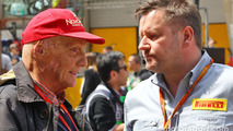 Niki Lauda, Mercedes Non-Executive Chairman with Paul Hembery, Pirelli Motorsport Director on the grid