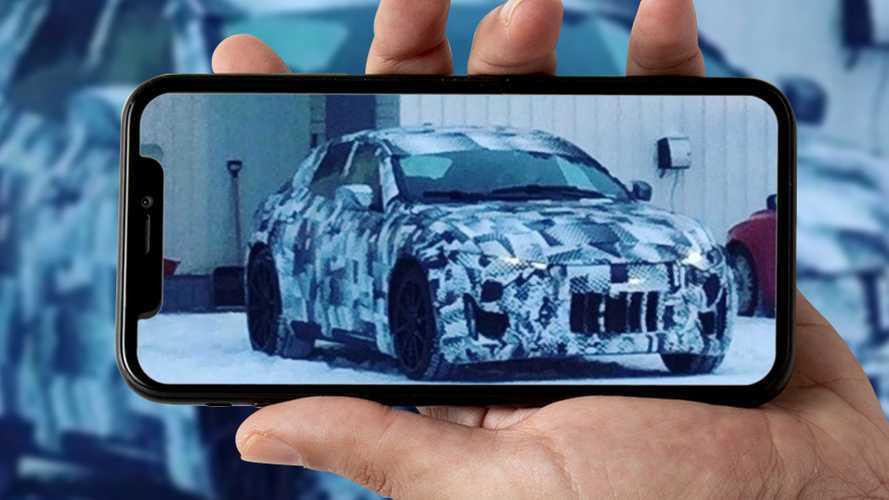 Ferrari Purosangue, nuove foto e un video spia dai test in Svezia