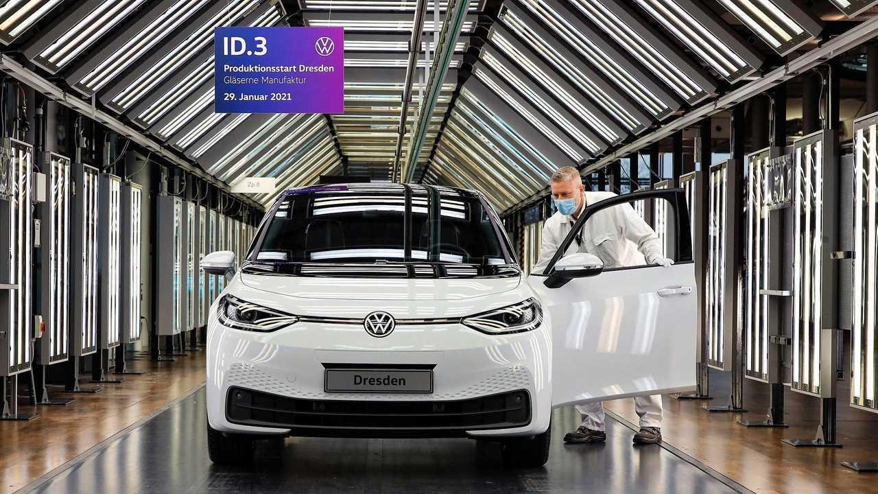 Volkswagen ID.3 на Стеклянной мануфактуре в Дрездене
