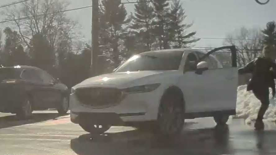 Watch Woman Chase 'Runaway' Tesla: Turns Out It Was Just Summoned