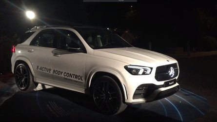 Yeni Mercedes GLE'nin gövde kontrol sistemini gördünüz mü?