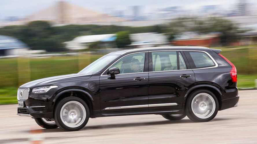 Vídeo Volvo XC90 T8 Hybrid - o SUV do futuro não será muito diferente disso