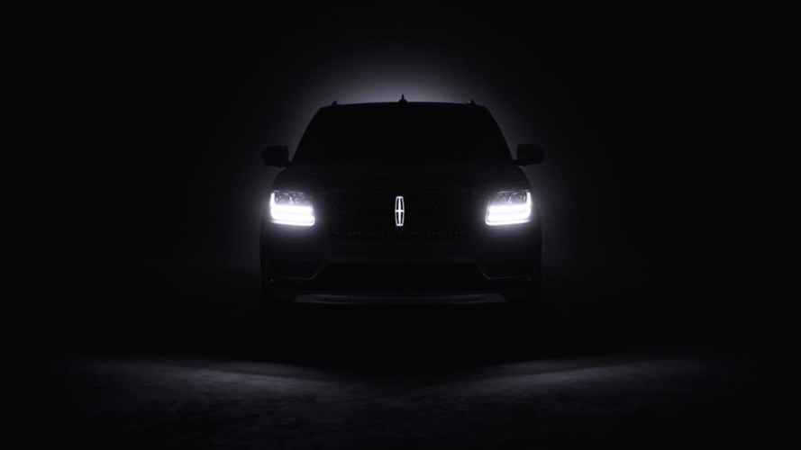 Next-Gen Lincoln Navigator Teases Its Shape Before NY Debut