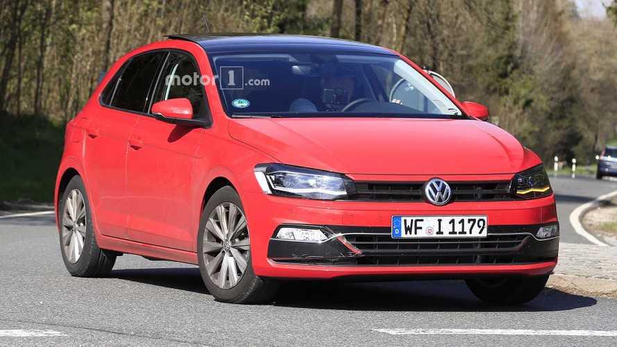2018 Volkswagen Polo çok az kamuflajla görüntülendi