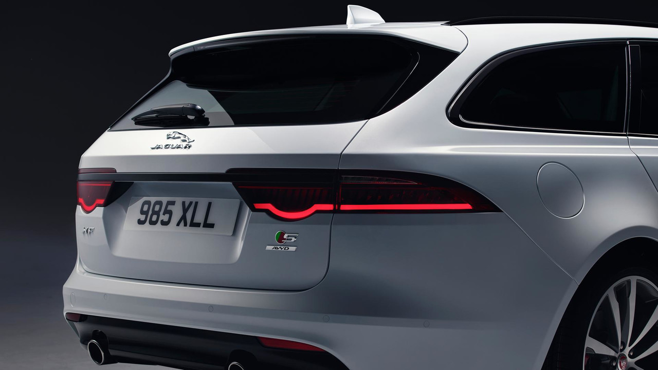 Jaguar XF Sportbrake first look