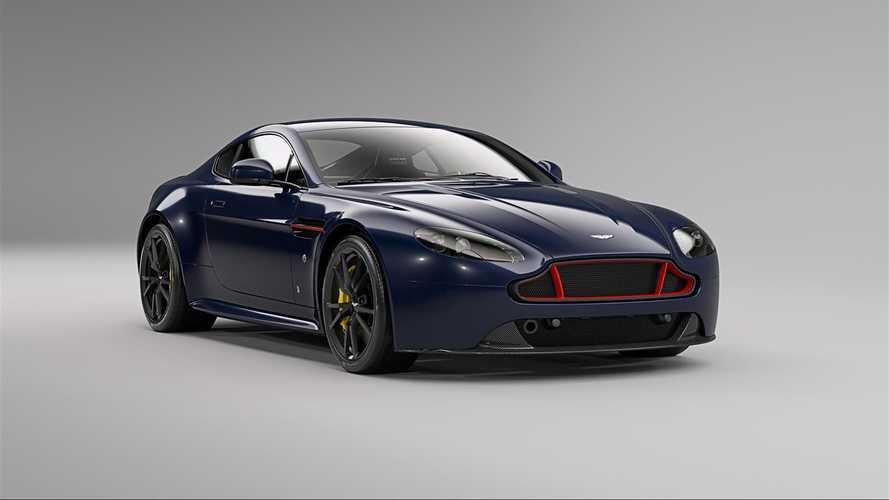 Les Aston Martin V8 et V12 Vantage S aux couleurs de Red Bull Racing