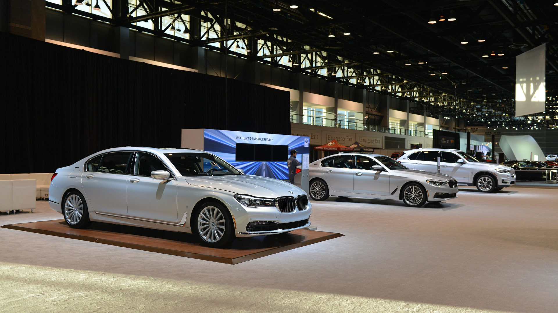 BMW Only Brought Plugin Vehicles To The Chicago Auto Show UPDATE - Car show booth