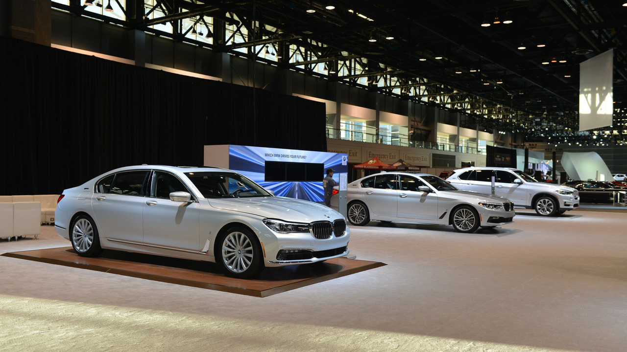 Bmw Only Brought Plug In Vehicles To The Chicago Auto Show Update