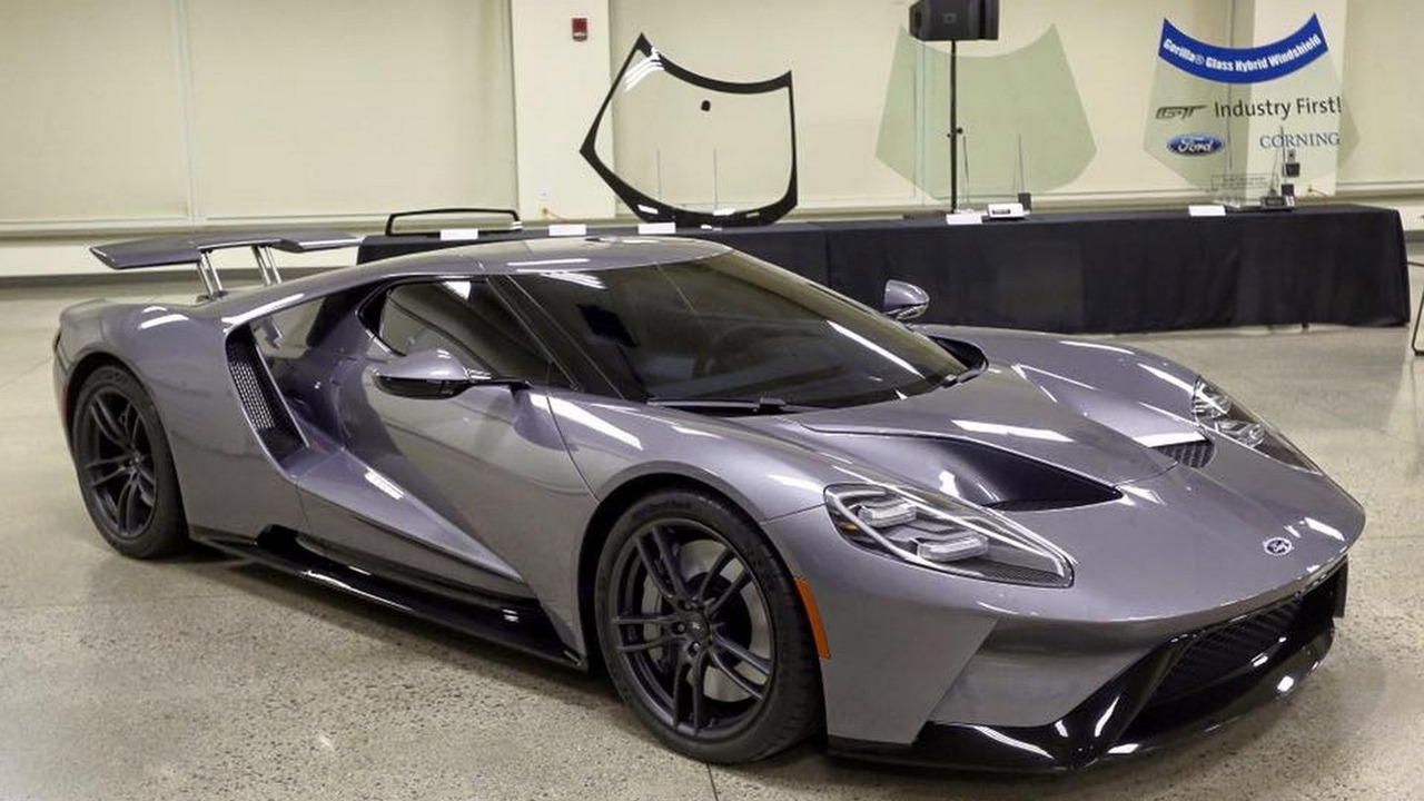 2017 Ford GT production version