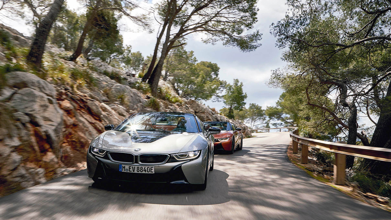 BMW i8 Roadster in the test