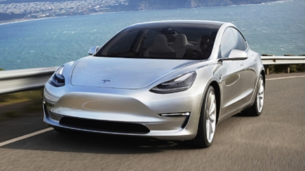 A Volkswagennél is olcsóbban kínálja majd kompakt méretű elektromos autóját a Tesla