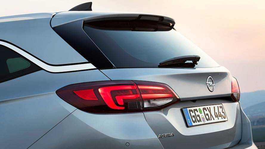 Opel Astra, la nuova generazione sarà anche ibrida