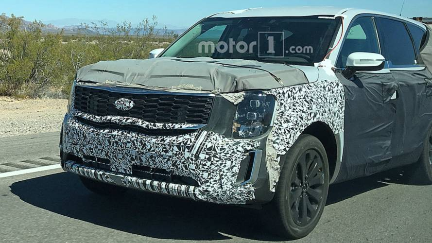 2020 Kia Telluride Spied Showing New Grille, Headlights