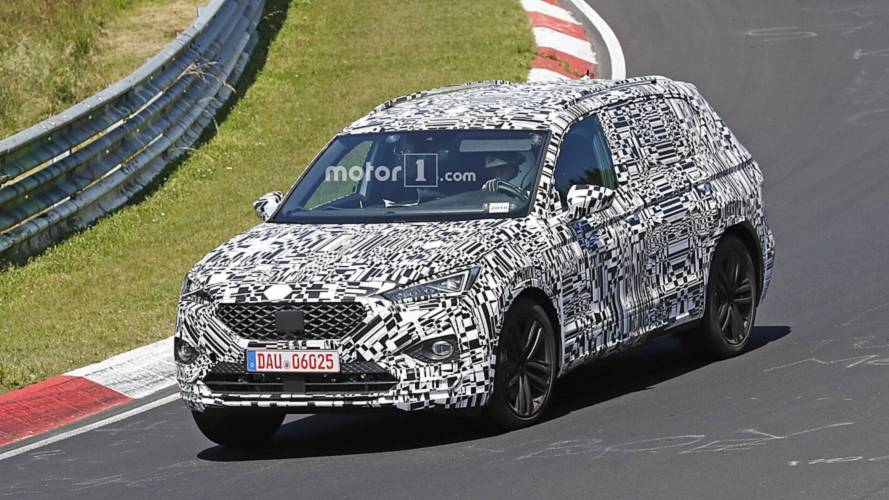 SEAT Tarraco caught in motion hiding sharp body during track test