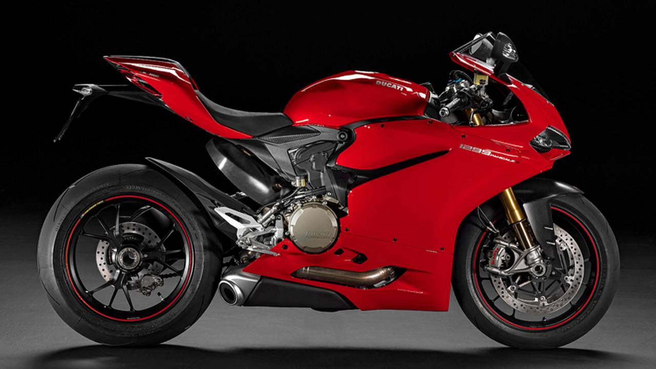 The 2017 Ducati Panigale 1299 S boasts a new electronics package that is supposed to be better than the last version.