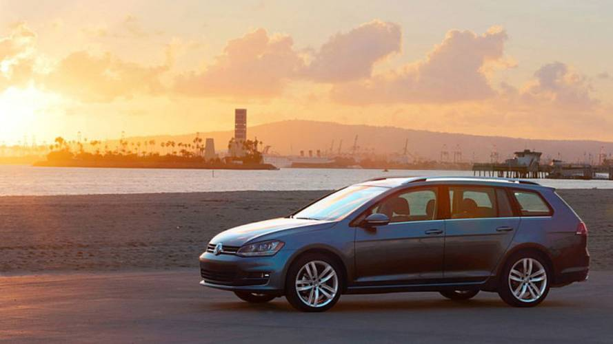 Lots of wagon. Needs more sport. The new Volkswagen Golf Sportwagen