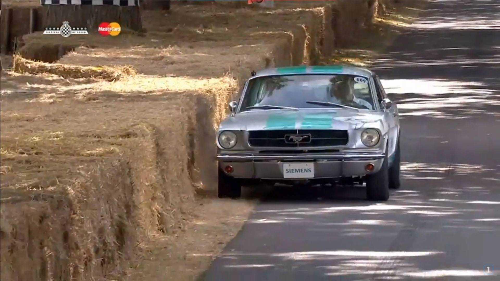 Беспилотный Ford Mustang попал в аварию в Гудвуде