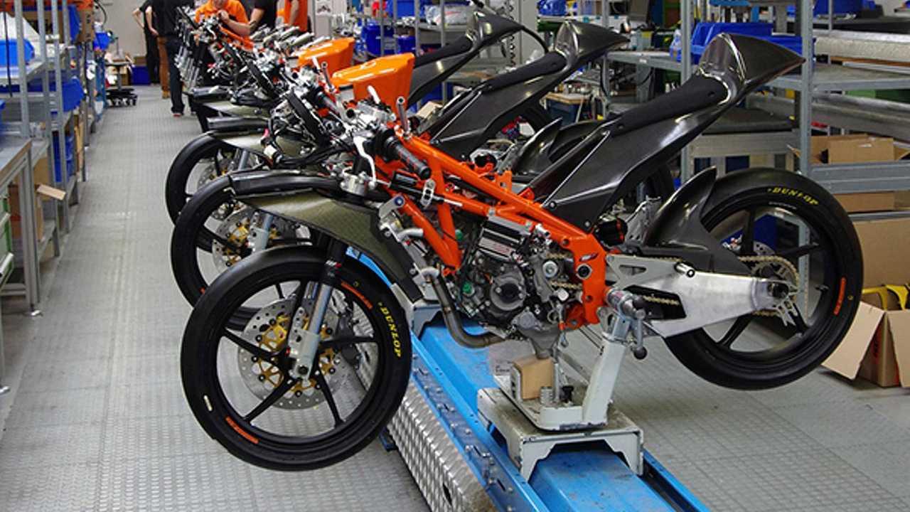 Building the KTM Moto3 production racer