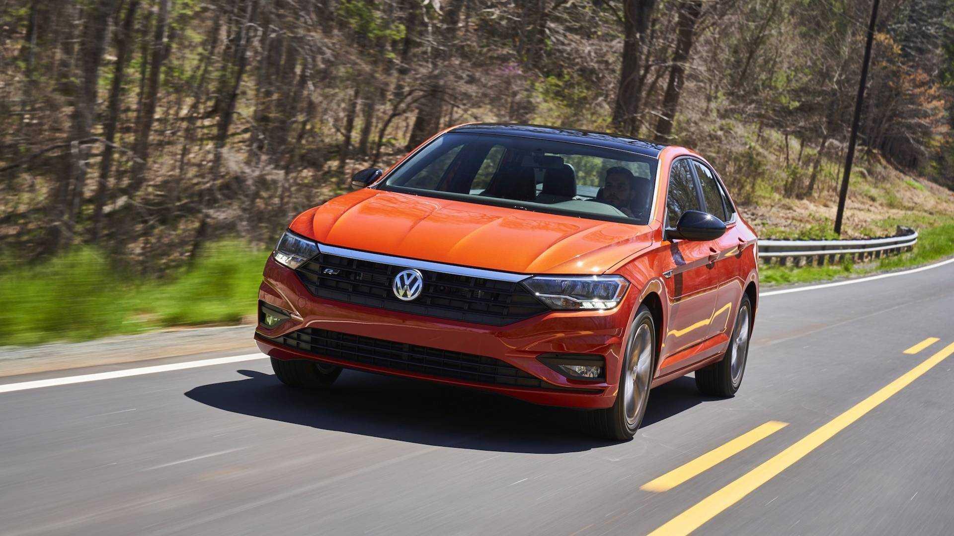 2019 Volkswagen Jetta Ilk Surus Buyumus Ve Gelismis
