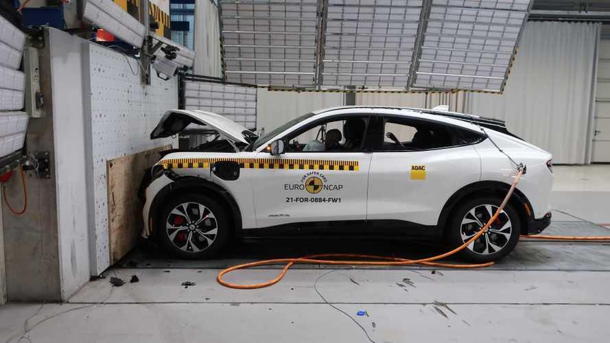 Ford Mustang Mach-E Euro NCAP testinden tam not aldı