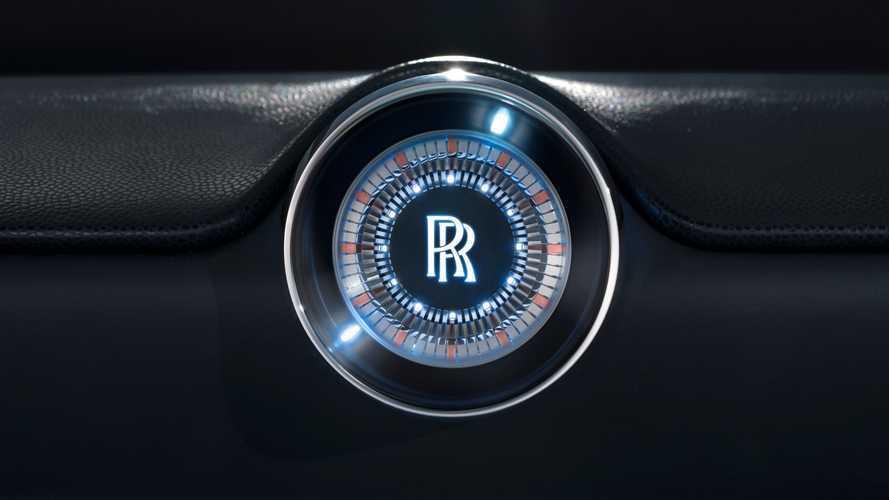 Rolls-Royce'un ilk EV'si yarın tanıtılacak!