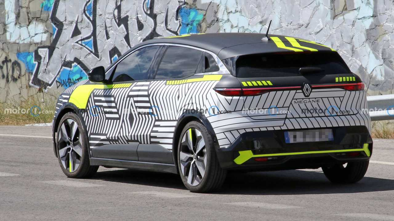 2022 Renault MeganE Casus Fotoğrafları