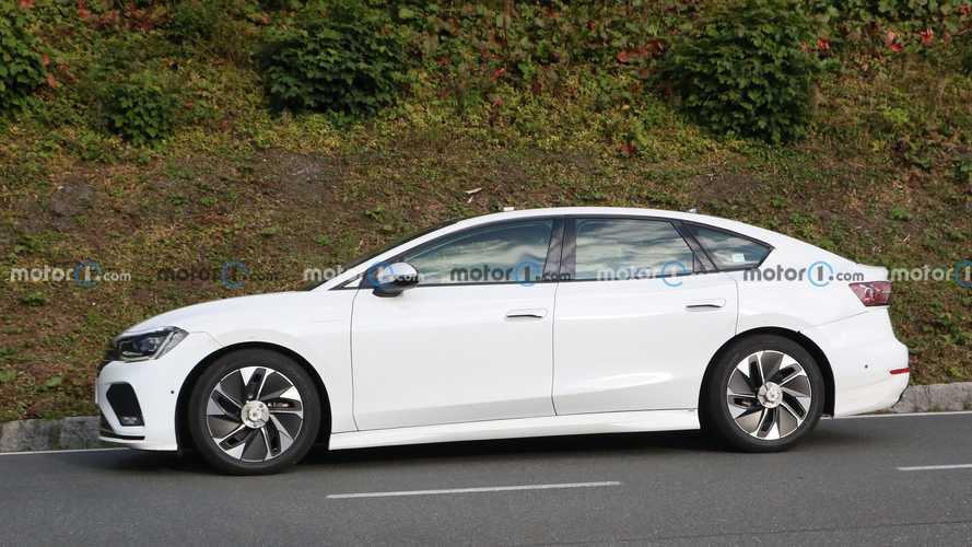 Elektrikli Volkswagen Aero B test yapmak için yollara döküldü