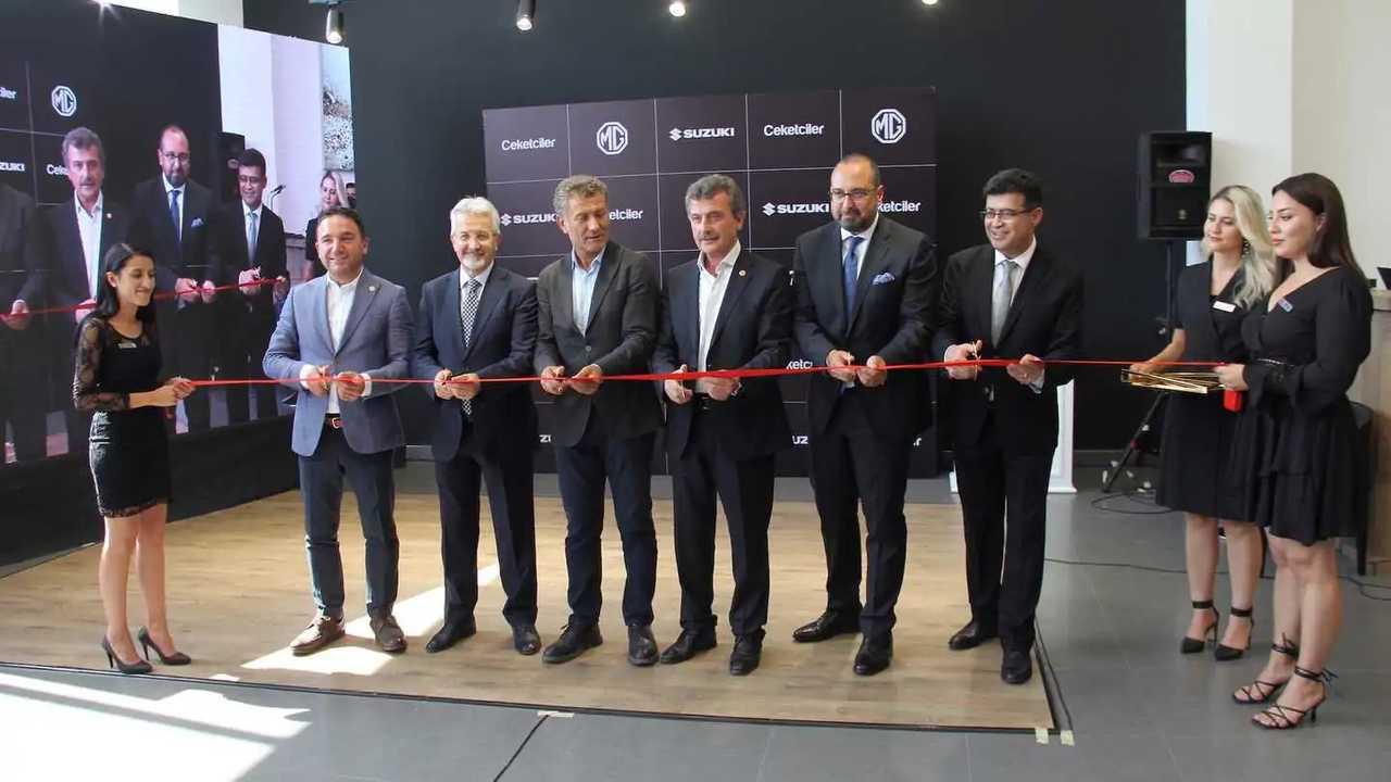 MG Bursa bayisi açılışı
