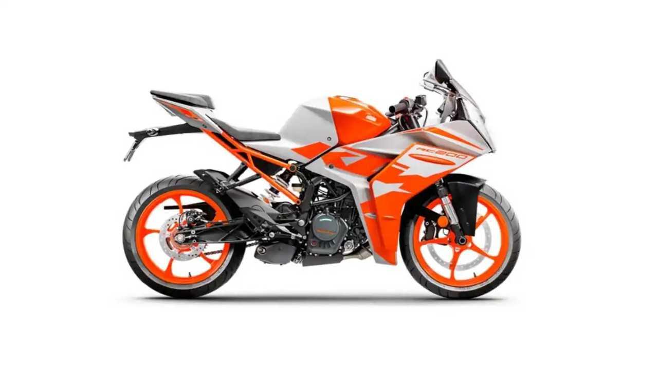 2022 KTM RC200 White and Orange