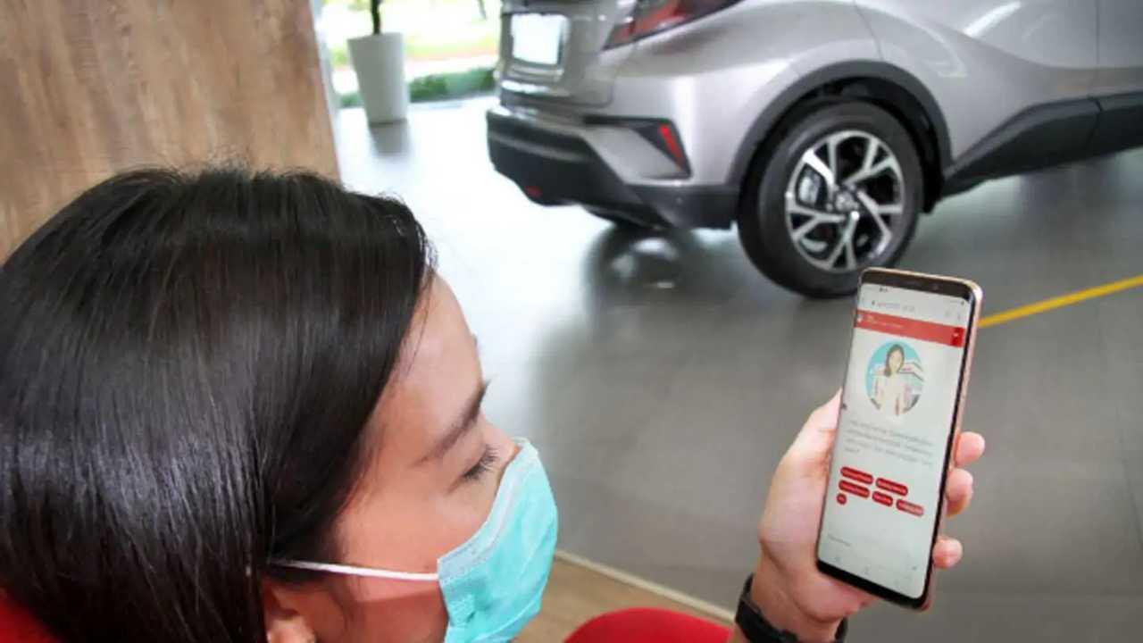 Pelanggan bisa mengakses aplikasi Auto2000 Digiroom.