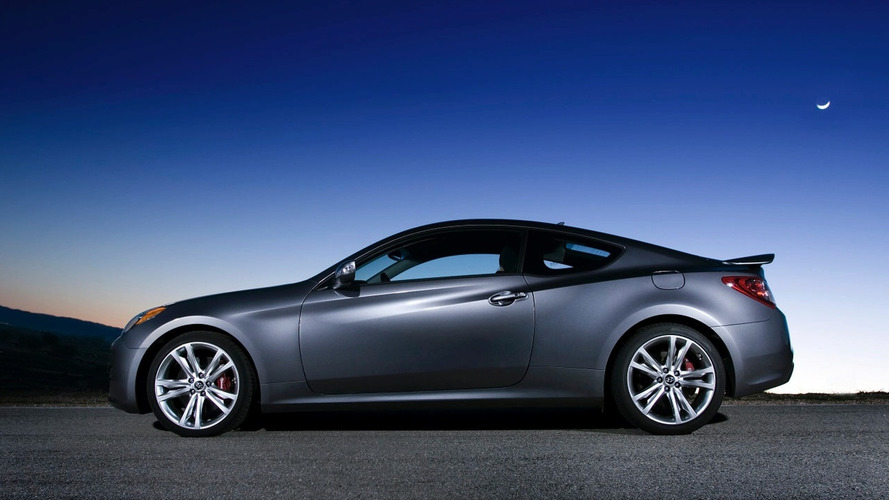 Hyundai Genesis Coupe R-Spec Debuts in Chicago
